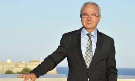 Jean Léonetti, maire d'Antibes: pas trop de vagues