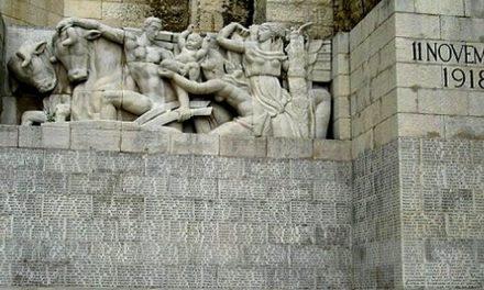 Rappel: Tous devant nos monuments aux Morts ce mardi 11mai!