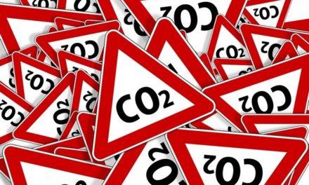 "Ni la pollution ni le taux de <span class=""caps"">CO2</span> ne baissent: tiensdonc!"