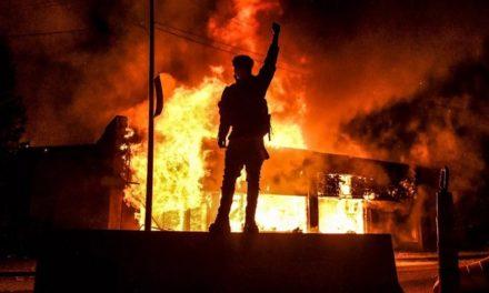 Une révolution violente peut-elle être évitée?