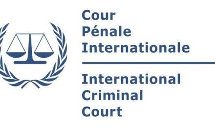Plainte contre les dirigeants français pour crime contre l'humanité