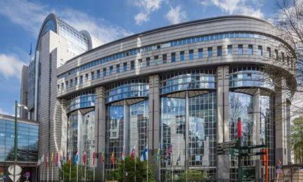 Analyse de l'accord-cadre de la Commission européenne pour l'achat de vaccins Pfizer